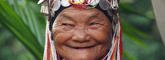 mujer-de-la-tribu-lisu