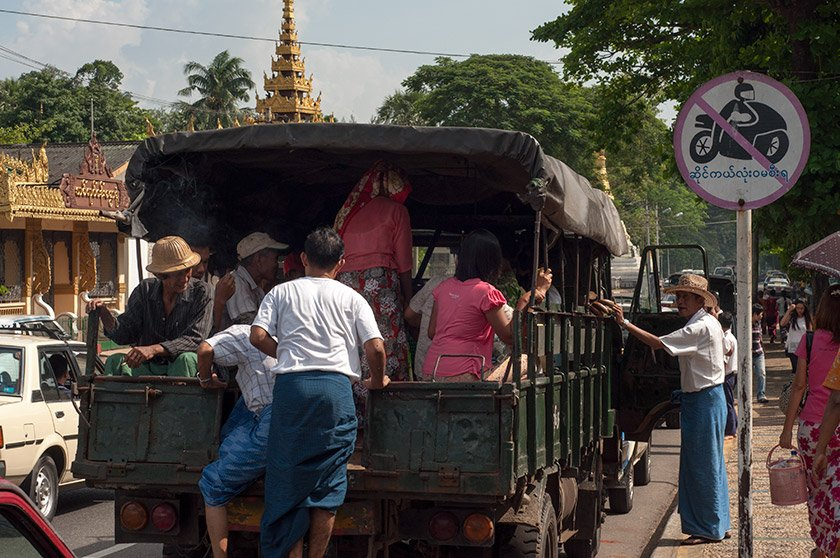 la conduccion en yangon