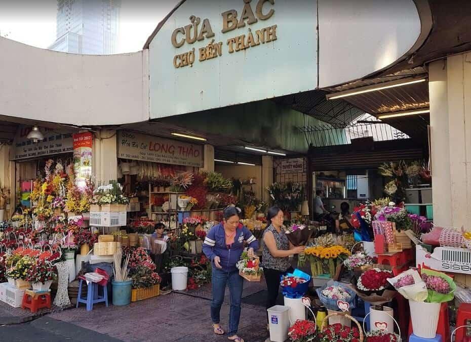 entrada al mercado de ben thanh