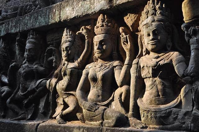 Estatuas en angkor